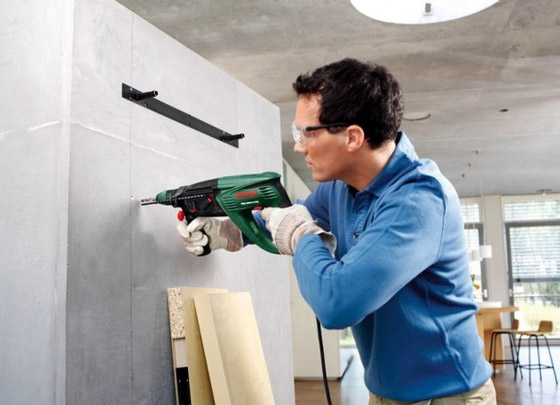 Как без дрели сделать дырку в стене без дрели